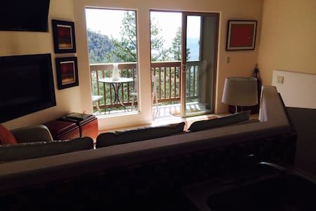 Cozy Tahoe Condo