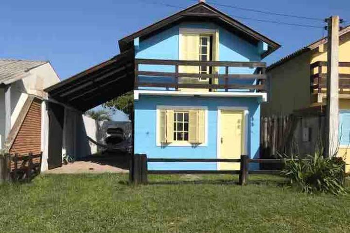 Casa de veraneio (MÁXIMO 4 PESSOAS)