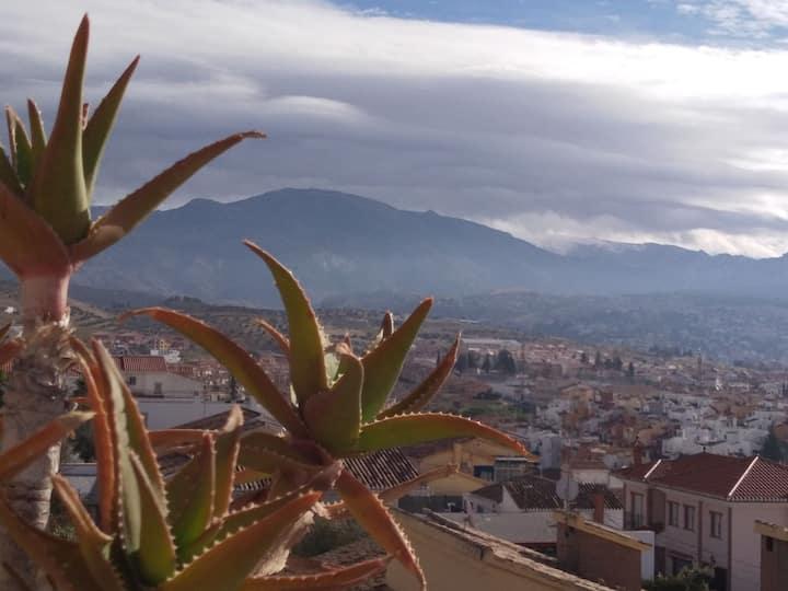 Casa  compartida con chimenea,terraza y vista 360°
