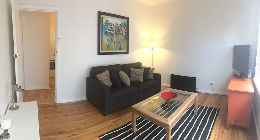 Dee Why self contained apartment