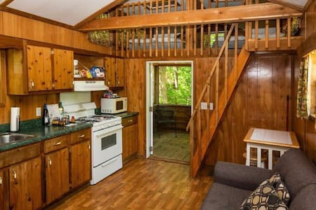 8 Person Cabin Platte City / Kansas City