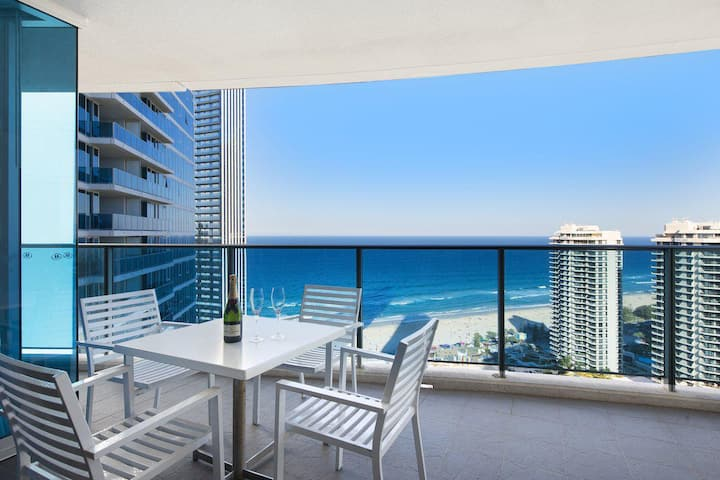 2 Bedroom Ocean View 27 Floors above Hilton Residences