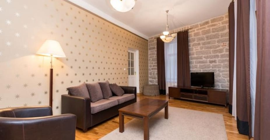 Apartment in heart of Old Town - Tallinn - Byt