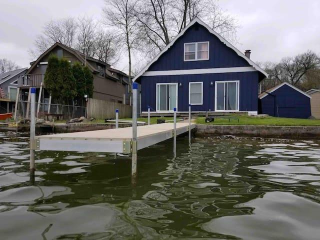 Lake Front Retreat