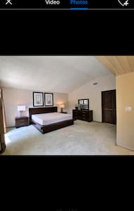 New amazing and spacious room - Montebello - Hus