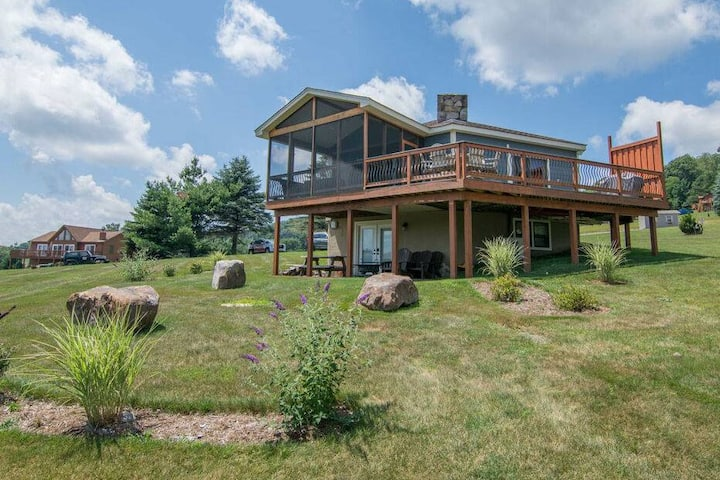 NEW! Lake Access home w/ A/C, Wood Fireplace & Outdoor Fire Pit!