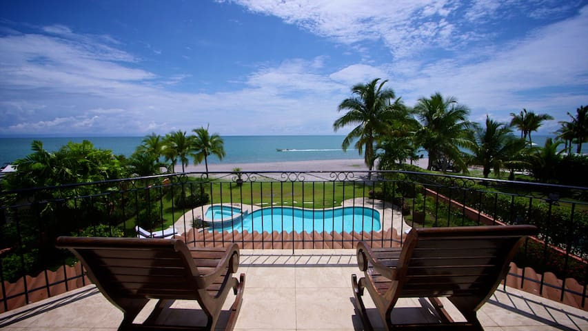 "Casa Joya del Sol  ""a beautiful ocean front home"" - Rio Hato - House"
