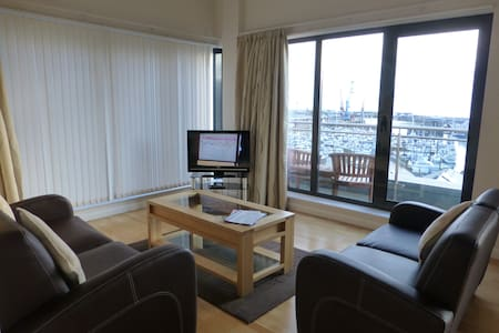 1 Bedroom Flat with Balcony & View