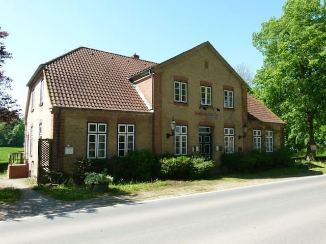Marinquelle - Kirchnüchel - Ev
