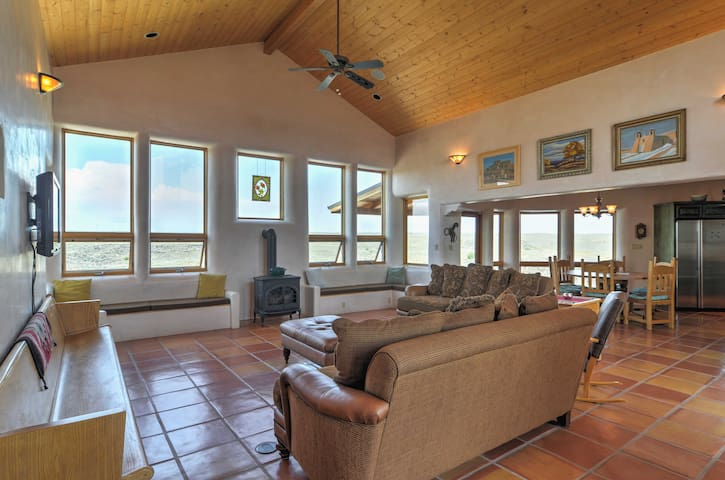 New! Quiet 3BR Taos House on 26 Acres w/Mtn Views!