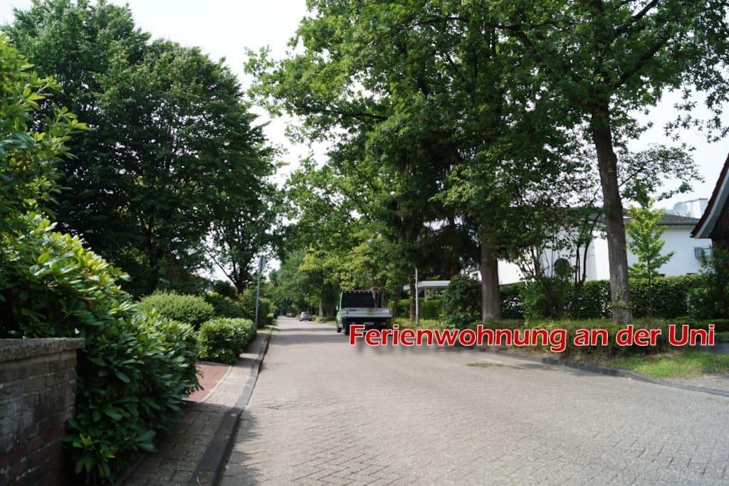 Zentrumsnah, in der Nähe des Ev. und Pius Krankenhaus