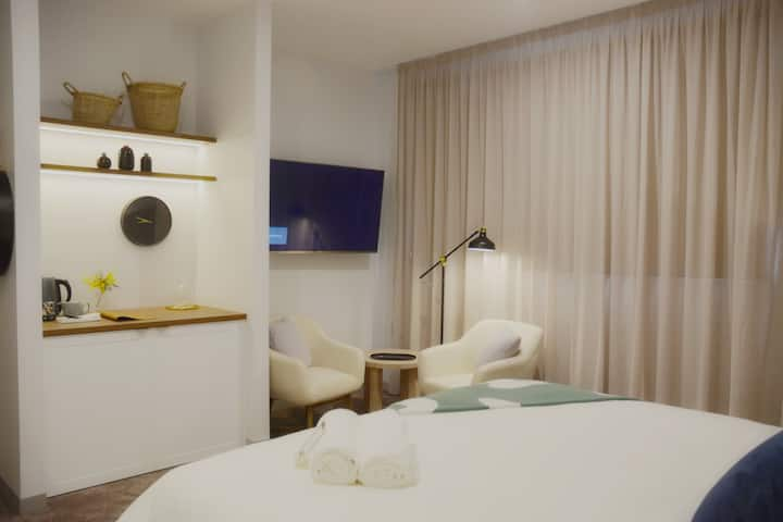 Bay of Fires Apartments - Suite 006 & 007