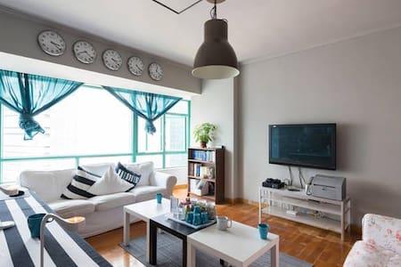 人生短,须尽欢。位于广州东站女宾高级床位六人间 0401 - Guangzhou - Huoneisto