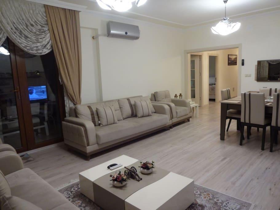 Living area 2/4