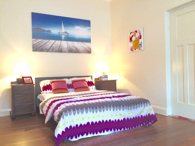 Excellent Quality Holiday Home - Waverley - Rumah