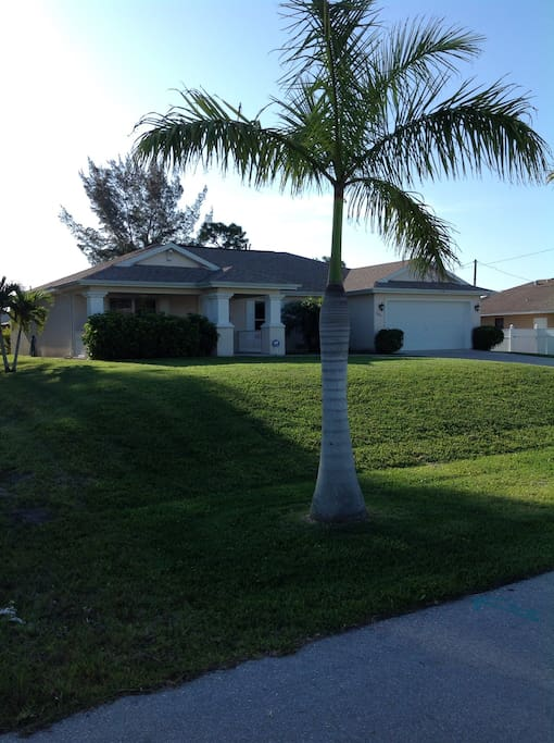Charming 3 Bedroom 2 Bath Houses For Rent In Cape Coral