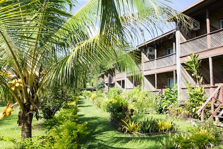 Beach front Holiday Home #2 - Kulau Lodge