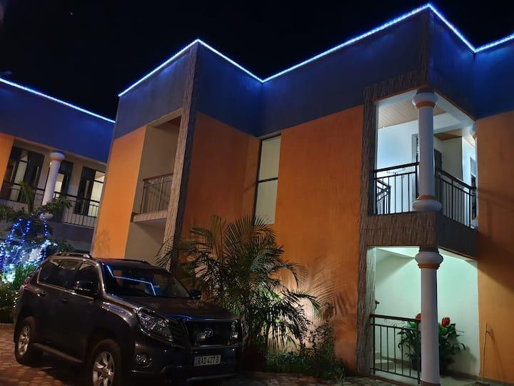 Ganza House