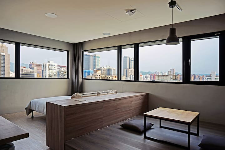 [Top House] 1mins to MRT大安站