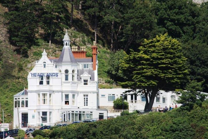 Headlands Hotel - Llandudno - Bed & Breakfast