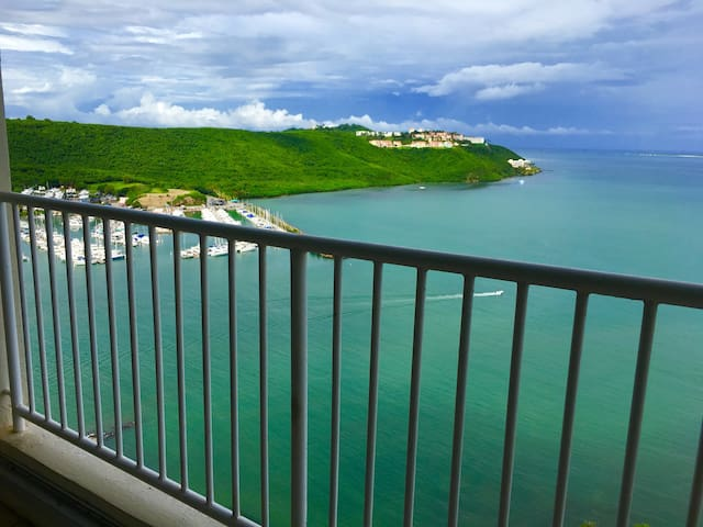 Astonishing Ocean marina views 1B Apt Fajardo