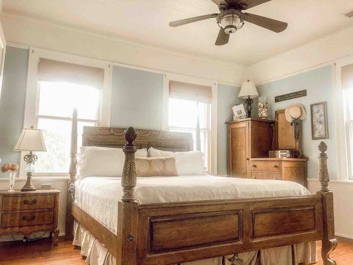 1870s Farmhouse w/MiniFarm Original Master Bedroom