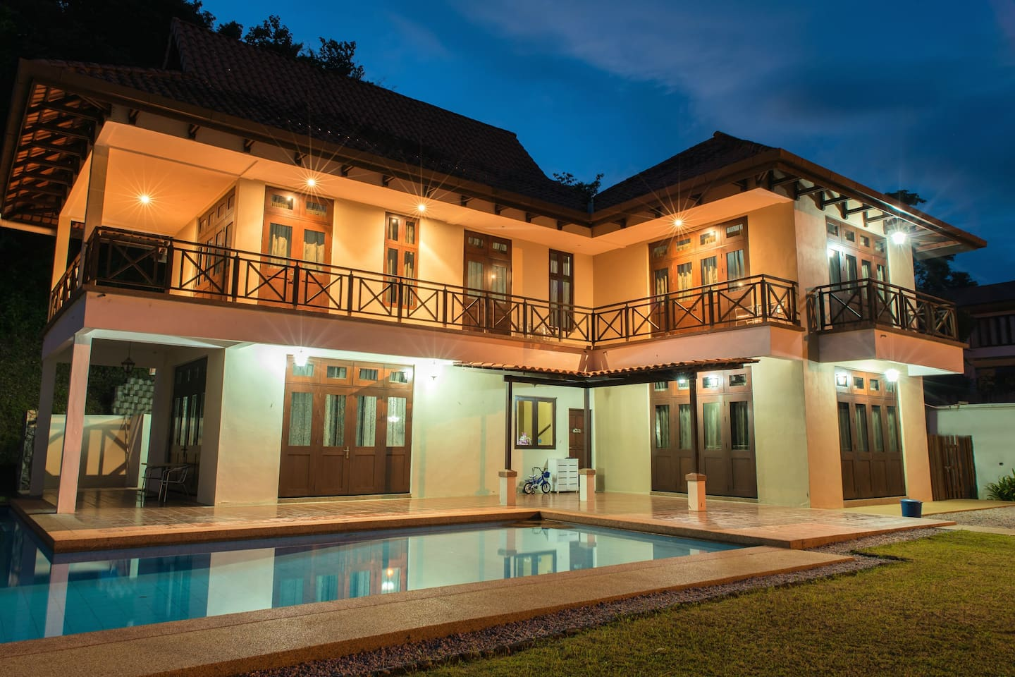 Choice of 3 Bedrooms Upstairs with private bathrooms in each room, for max total of 10 persons, with 24-hour Pool, Kitchen, and Living Room Access