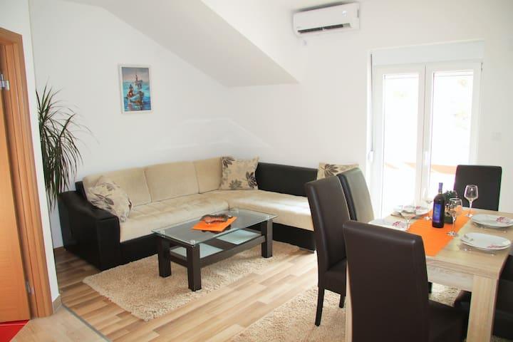Apartment  Meljine Boka Bay 2