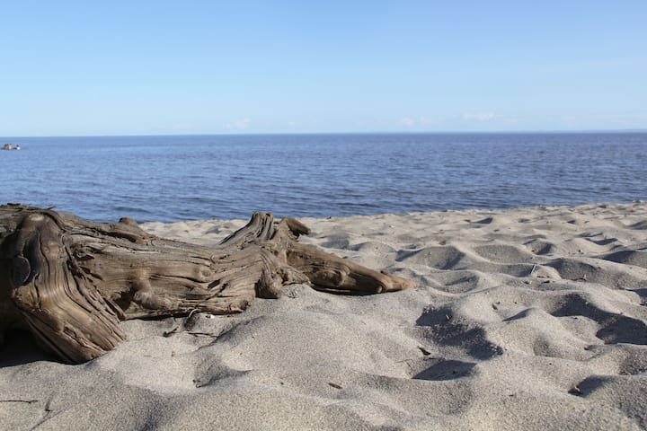 Chalet avec plage sur le Lac Saint-Jean