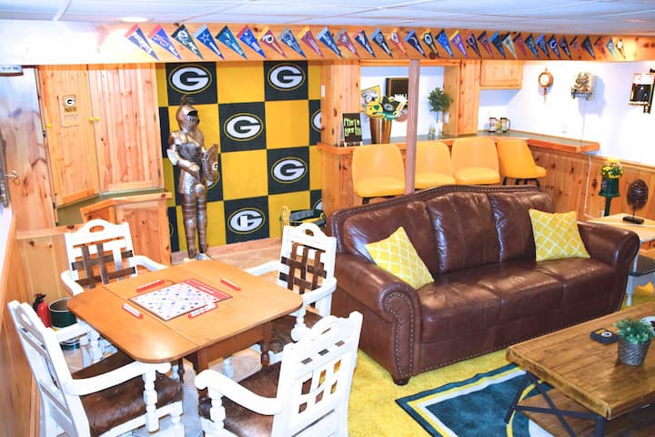 COME WATCH THE NFC CHAMPIONS AT LAMBEAU FIELD!