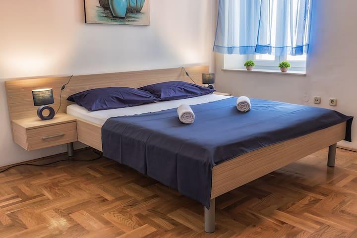 Quiet apartment in the city center