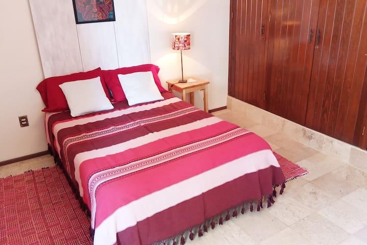 Room Rosé