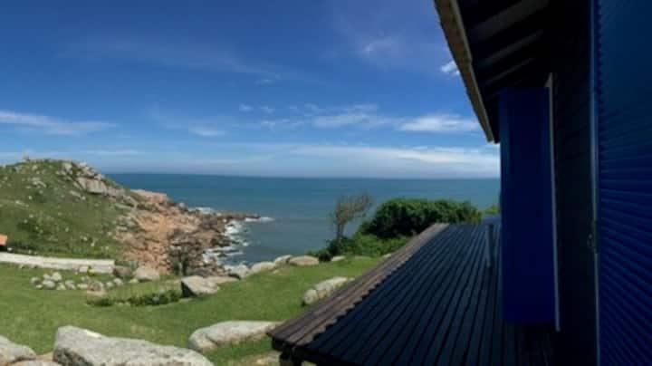 Farol de Santa Marta, casa com vista incrível!!!