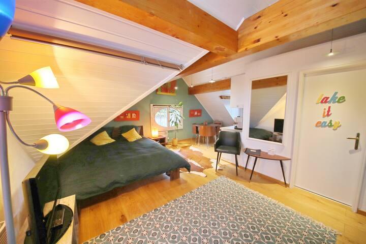 joli studio dans Lavaux,piscine et jacuzzi