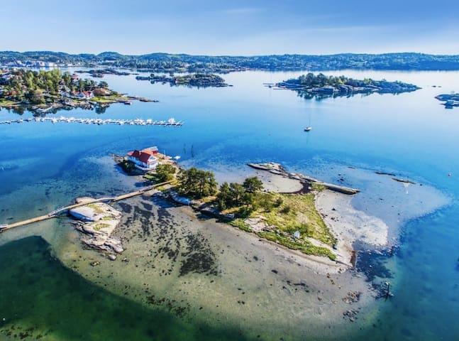 Island Cottage - private bridge - High-speed WIFI
