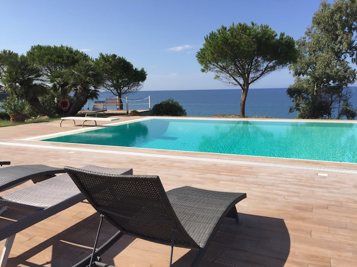 Villa Arcipelago Cefalù con acceso privato al mare