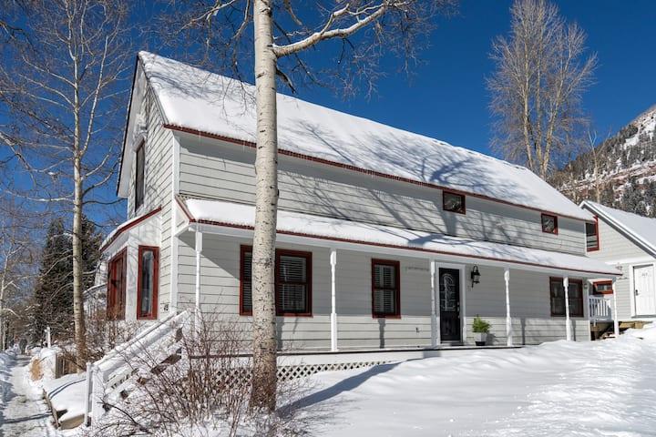 Telluride House, comfort, convinience, location!
