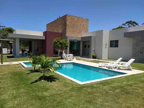 Casa em Condomínio fechado em Barra de Jacuípe