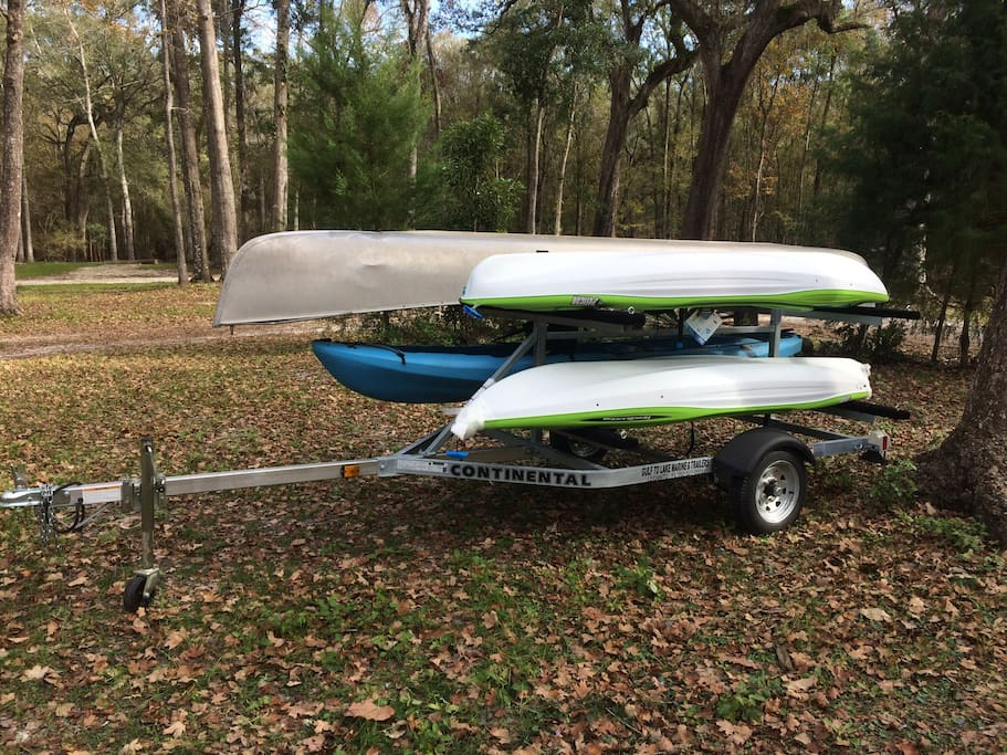 Canoe kayak rentals. See Ginnie Blue and Rum springs in one day