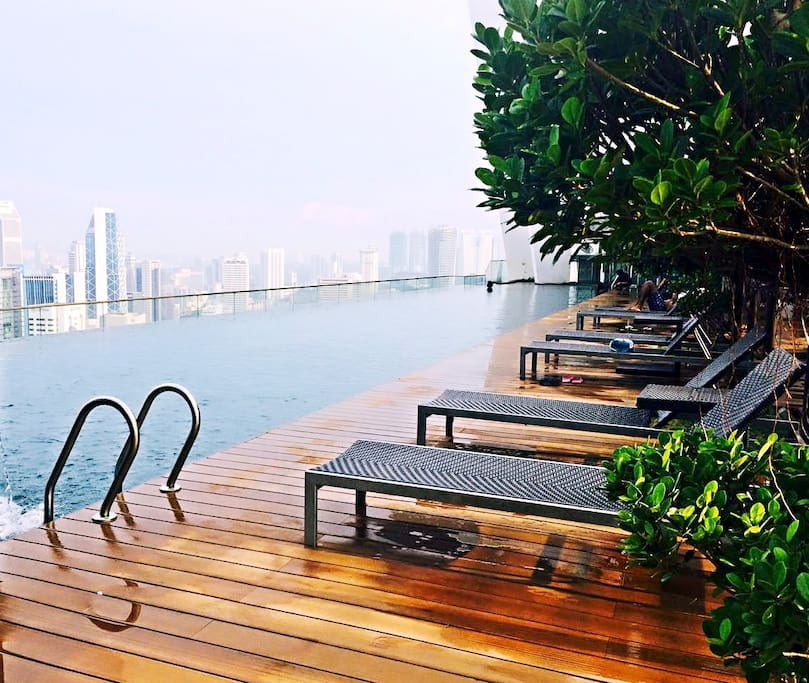 16 rooftop infinity pool kl view apartments for rent in - Rooftop swimming pool kuala lumpur ...