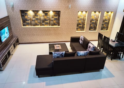 Fully Serviced Holiday Home Near Lahore Ring Road