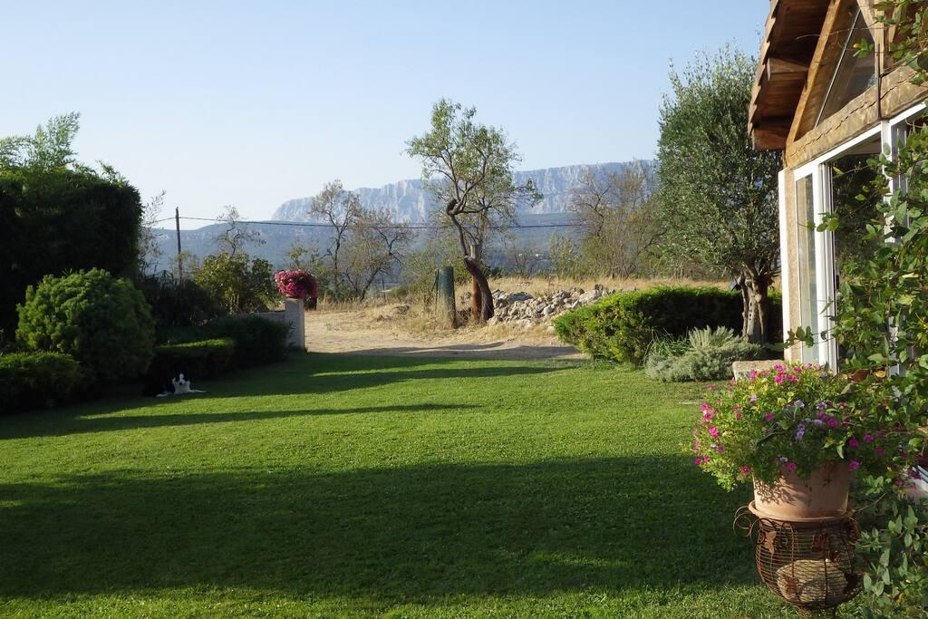vue sur la montagne Sainte Victoire