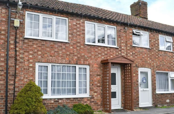 Lincolnshire Cottage on the edge of the Wolds
