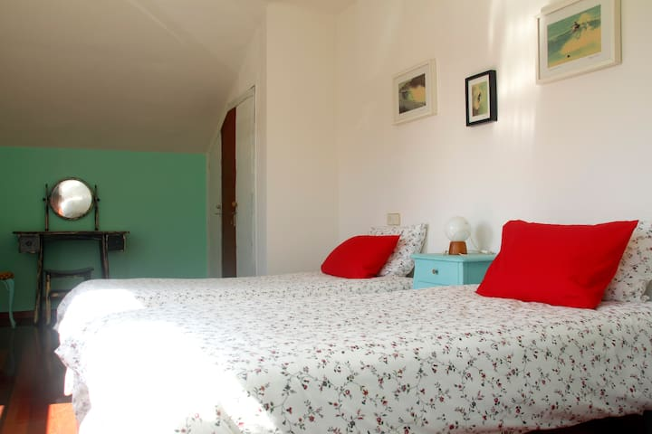 Bed and breakfast at the beach. Villa Pilar. 3