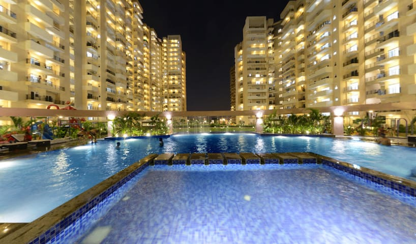 ❣2 bhk pool facing, peaceful place near Expo Mart❣