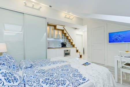 HARBOR LOFT APART (B), 7min to Old Town (by Viru)