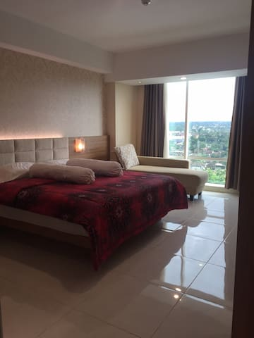A cozy spacious room with mountain Merapi View