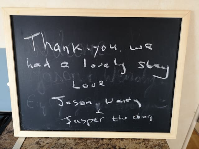 Message from happy guests.