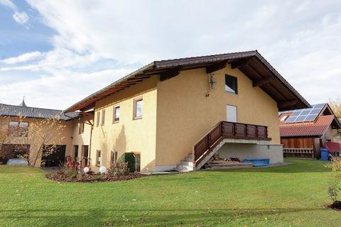 Cozy Apartment in Ruhmannsfelden with Swimming pool