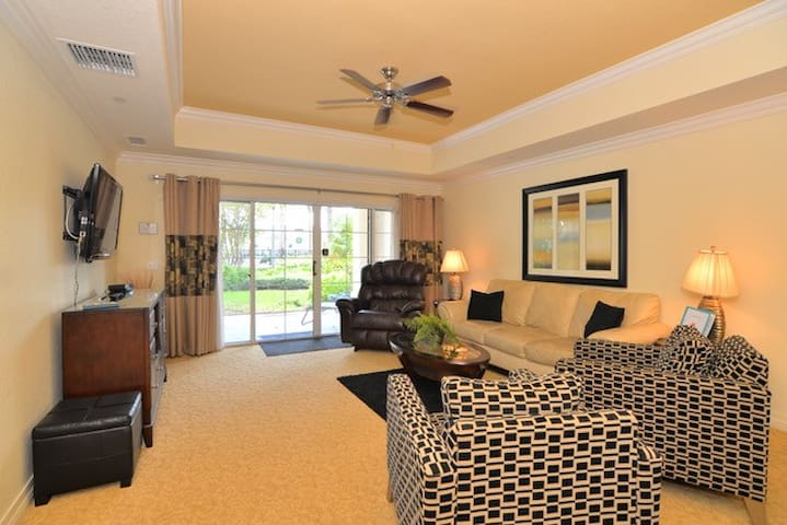 3 Bedroom Condo in the beautiful Reunion Resort - Four Corners - House